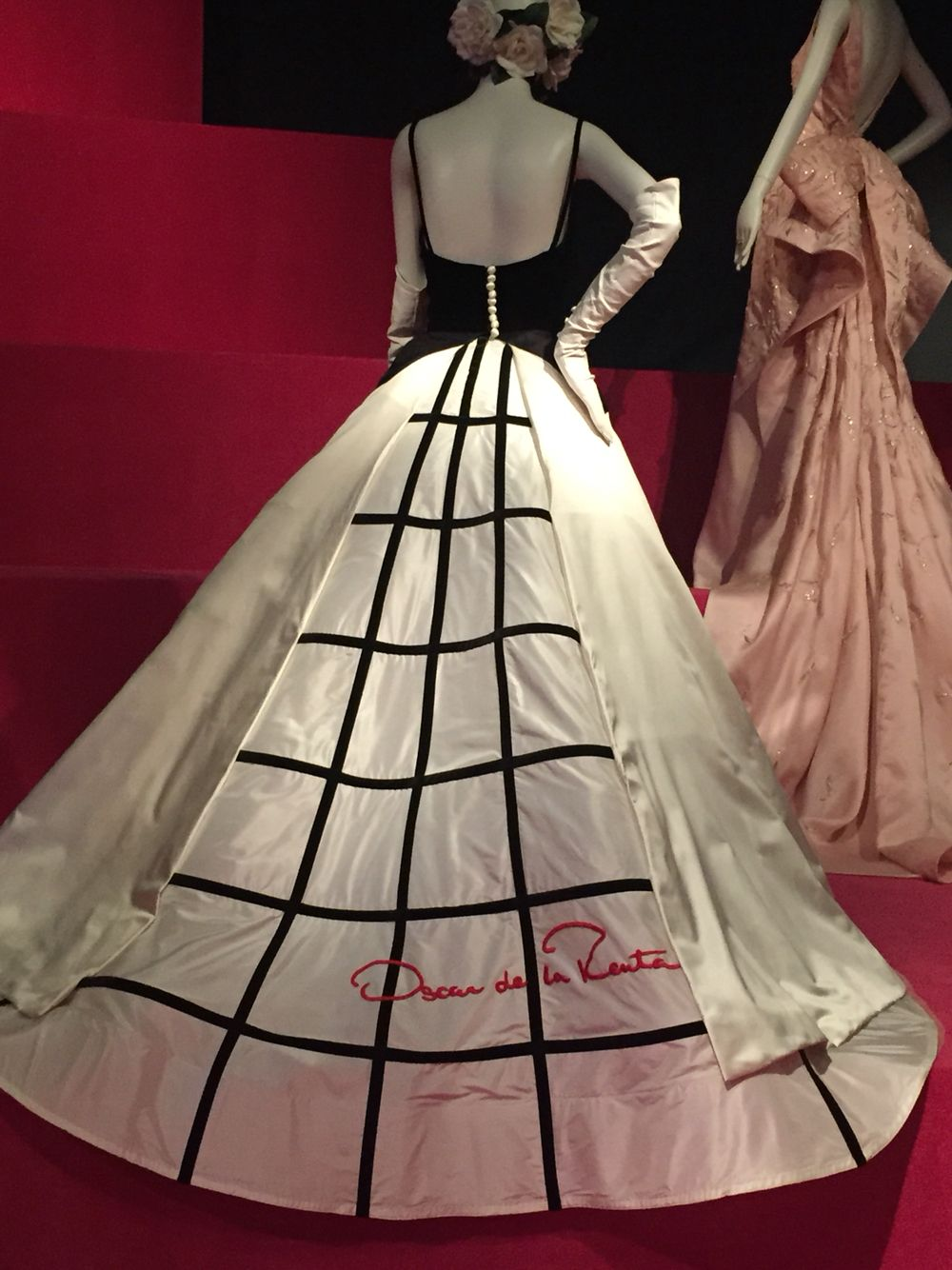 Sarah Jessica Parker's Met Ball, Tribute Gown