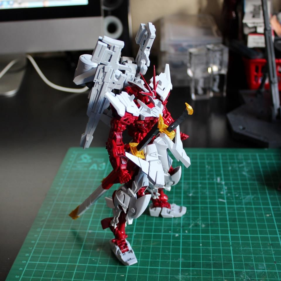 """We Belong to Junk Guild"" Astray Gundam Red Frame Project Raizen: Modeled by TR13. Photoreview No.20 Wallpaper Size Images"
