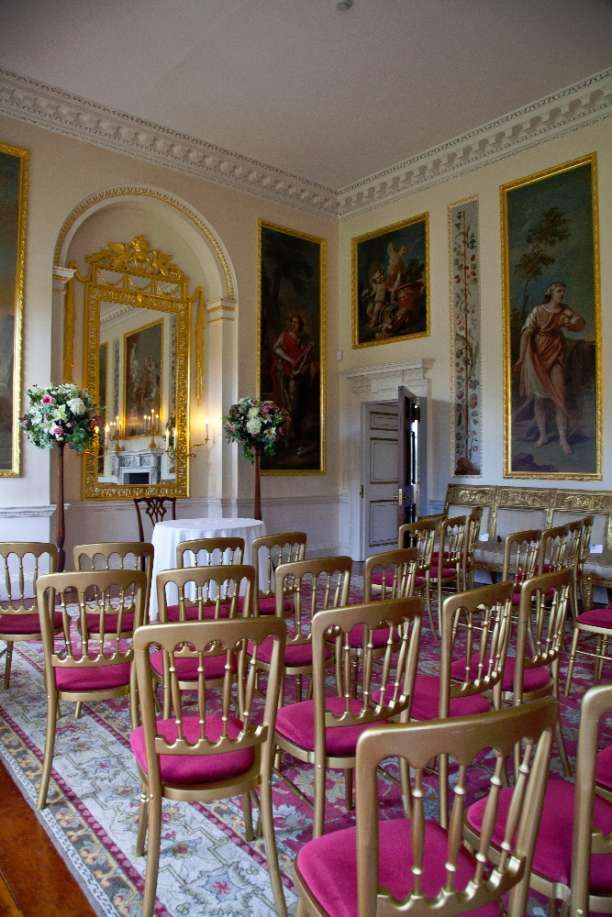 Enter Danson House Up The Grand Front Steps In To Equally Entrance Hall Perfect Spot For Group Photos Boasts A Suite Of