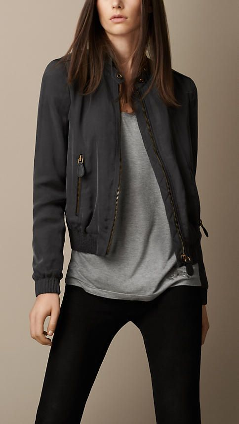 30 Style Tips On How To Wear A Bomber Jacket | Lightweight bomber ...