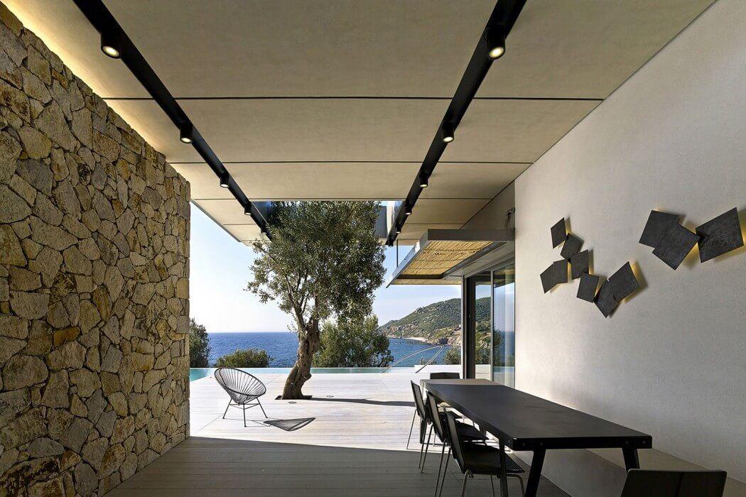 Greek Island House Design Framing Beautiful Sea Views: Notre Ntam ...
