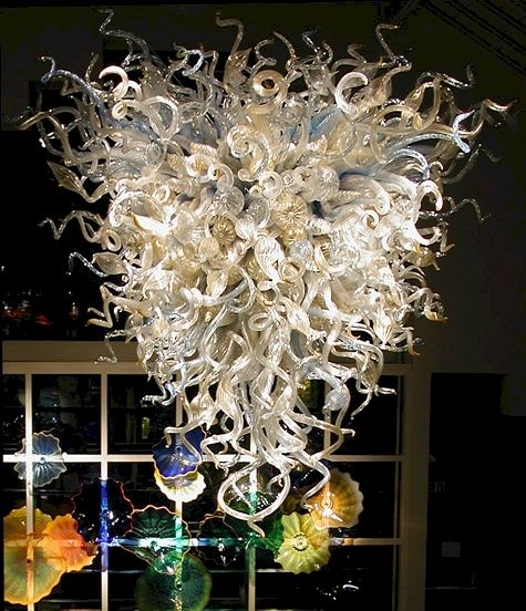 Blown glass chandelier, by Dale Chihuly ... I *love* his work!