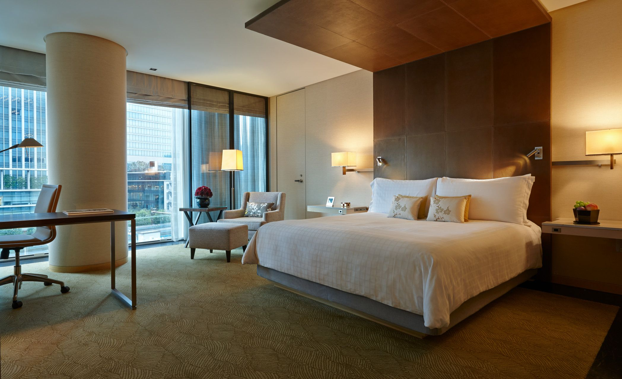Guest Room At 5 Star Hotel Four Seasons Hotel Tokyo