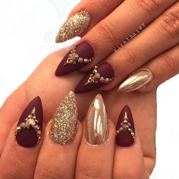 Our Stiletto Nailsoftheday Goes To Riya S Nails For These Gold And Burgundy Claws