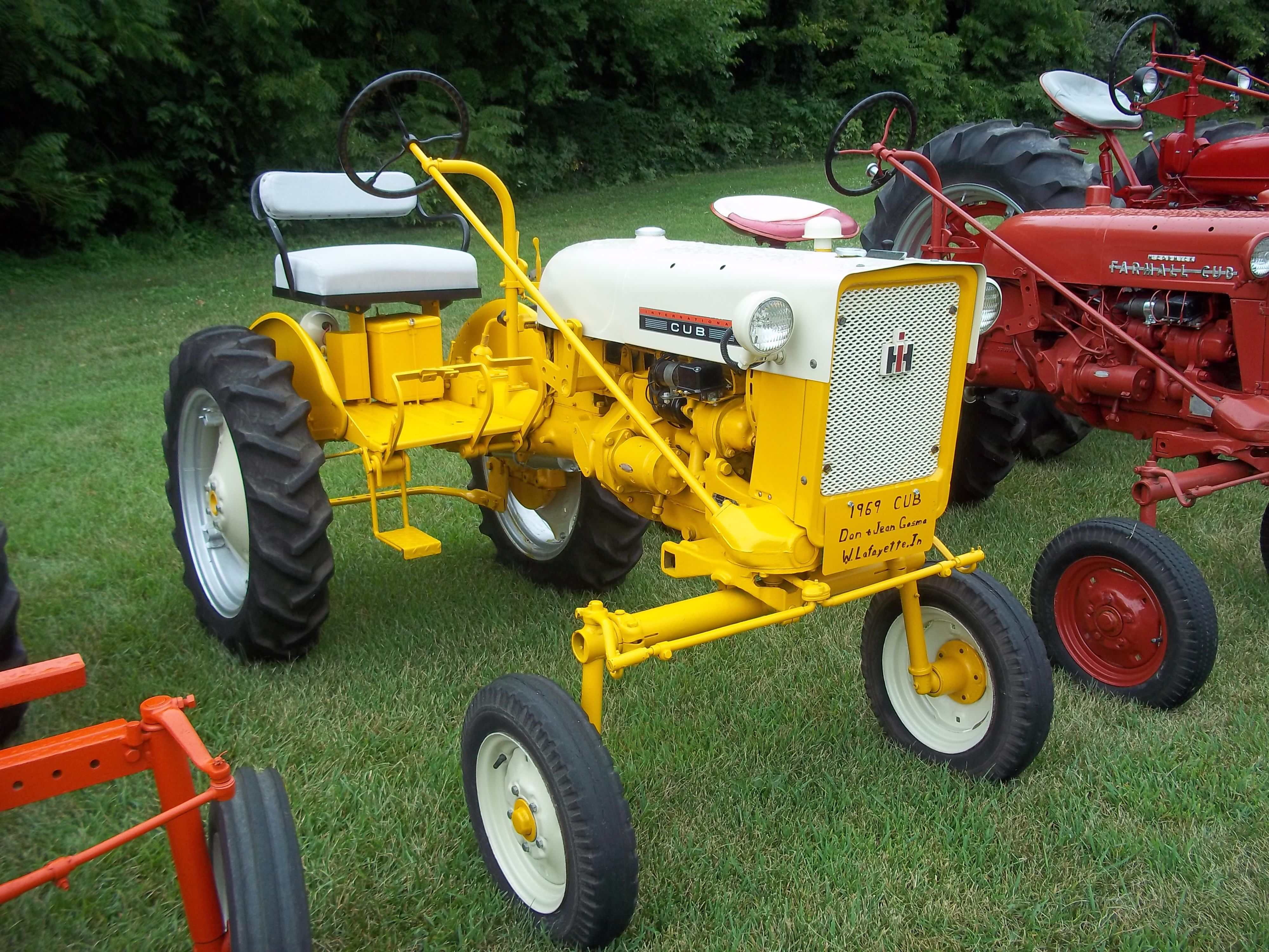 Old Cub Cadet Mowers : Cub cadet international farmall pinterest tractor