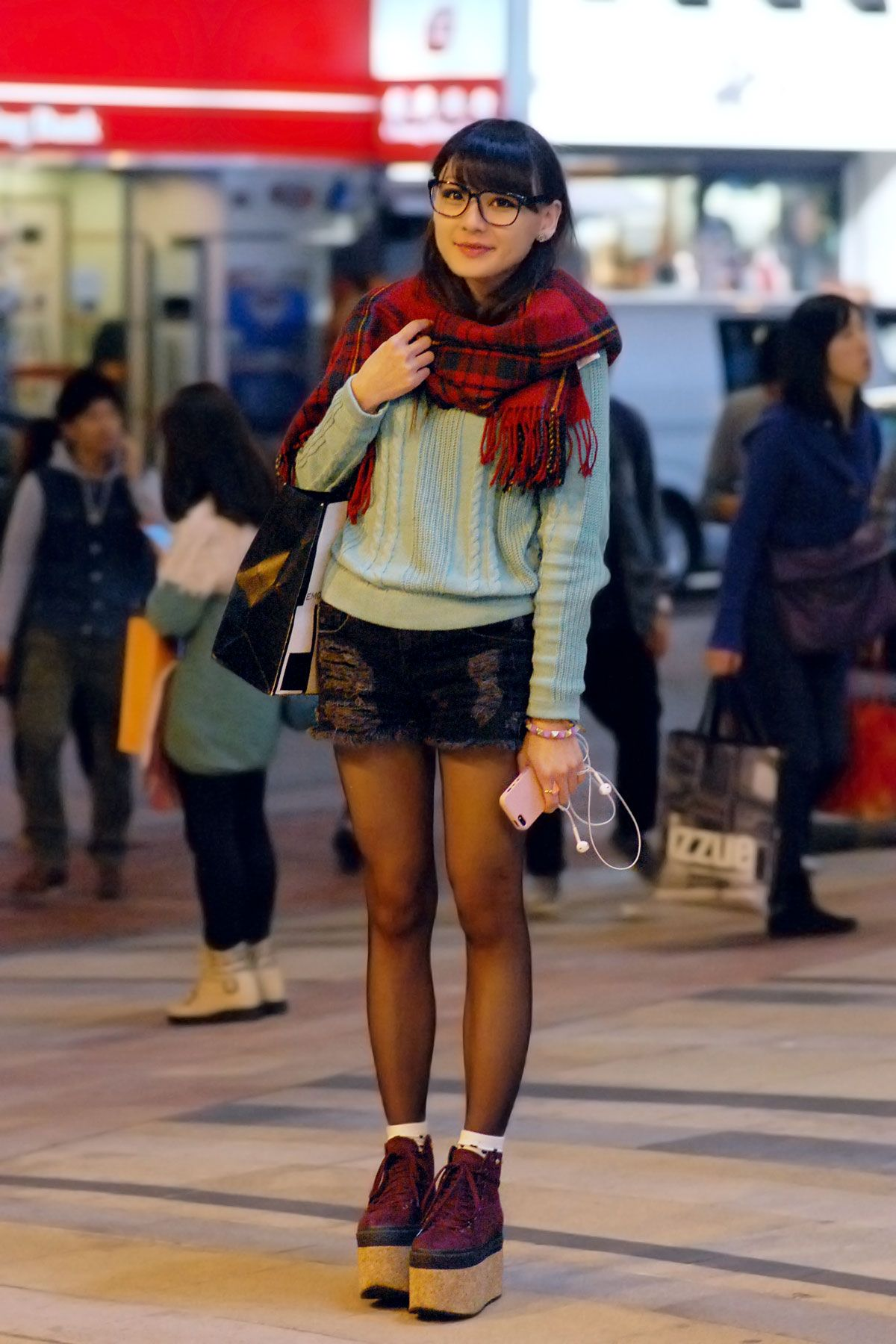 Hong Kong Street Style Have Here Showcase Trendy Folks From This Part Of The World Description Fashionfuz I Searched For On Bing Images