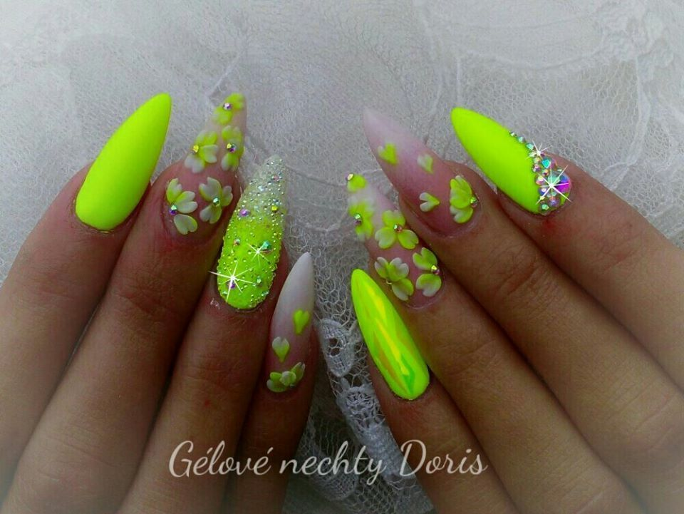 3d Flower Nails Summer Nail Ideas 3d Flower Nails Nail Art
