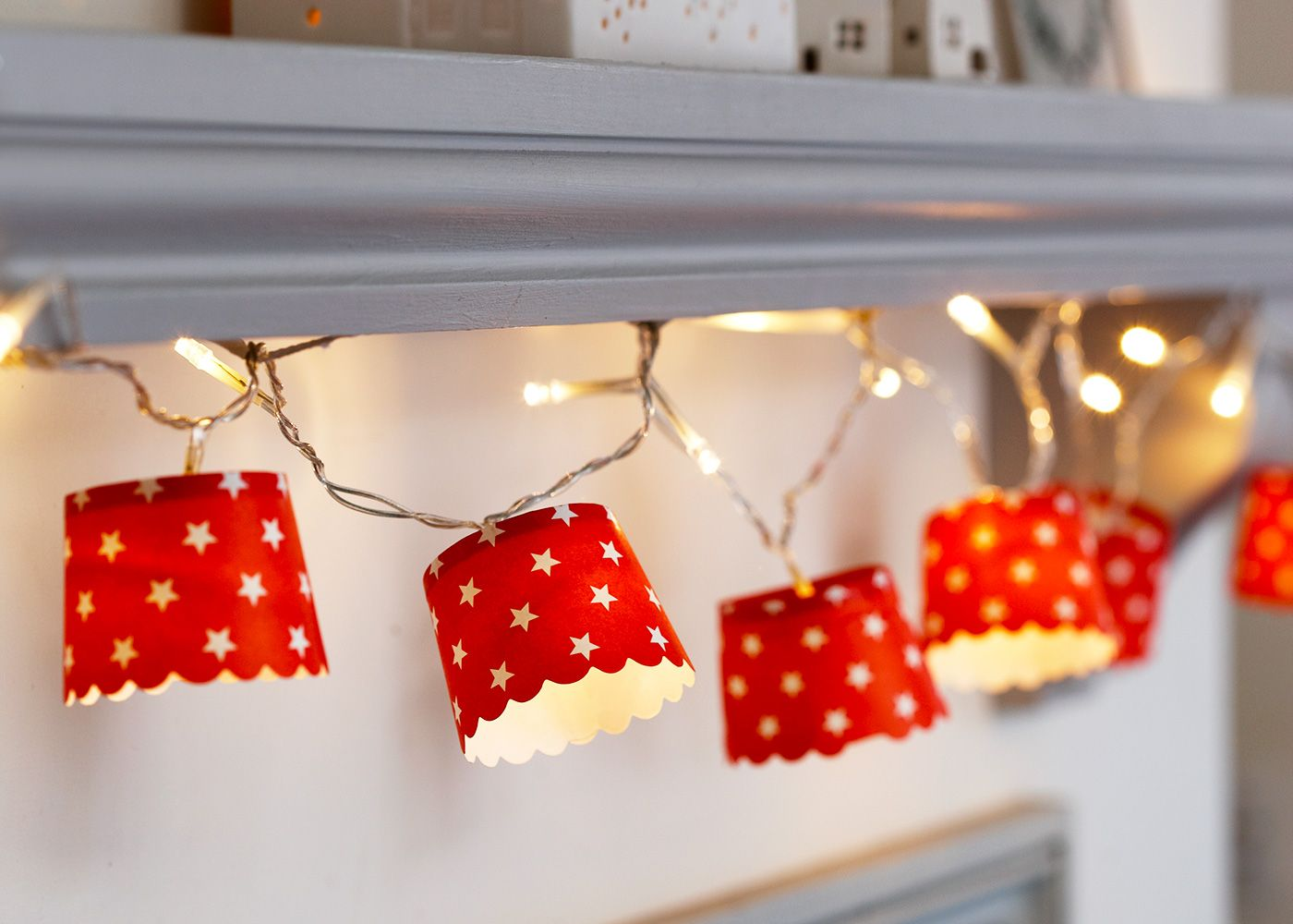 Make your own christmas fairy lights christmas fairy lights make customised christmas fairy lights using paper cups find lots more christmas craft ideas over jeuxipadfo Image collections