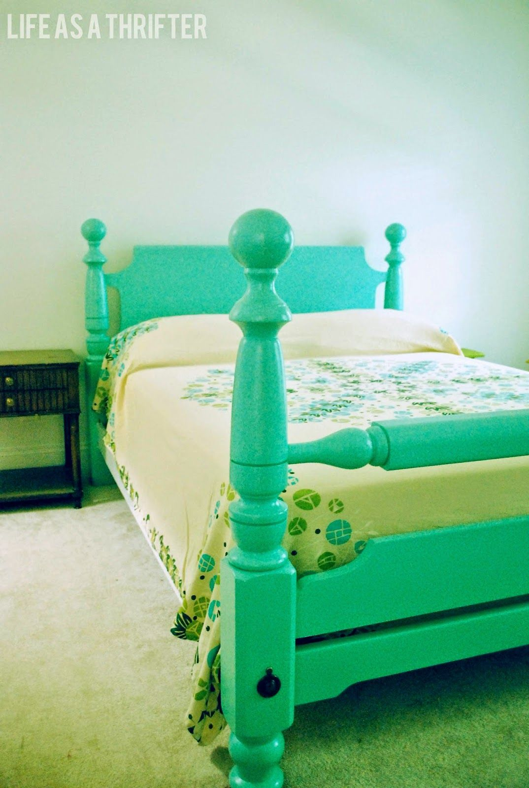 Life As A Thrifter: Cannonball Bed REDO. Love This Color!
