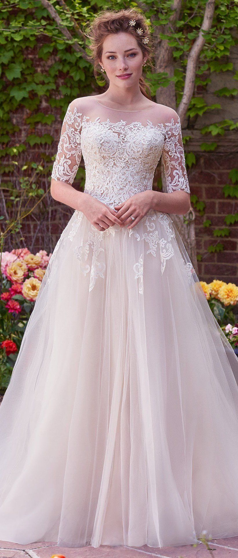 44 The Best Casual Wedding Dresses for Outdoor Weddings | Casual ...
