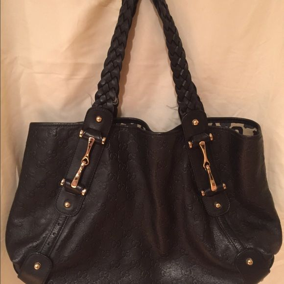 Gucci black leather Pelham bag Perfect condition Gucci Bags Totes