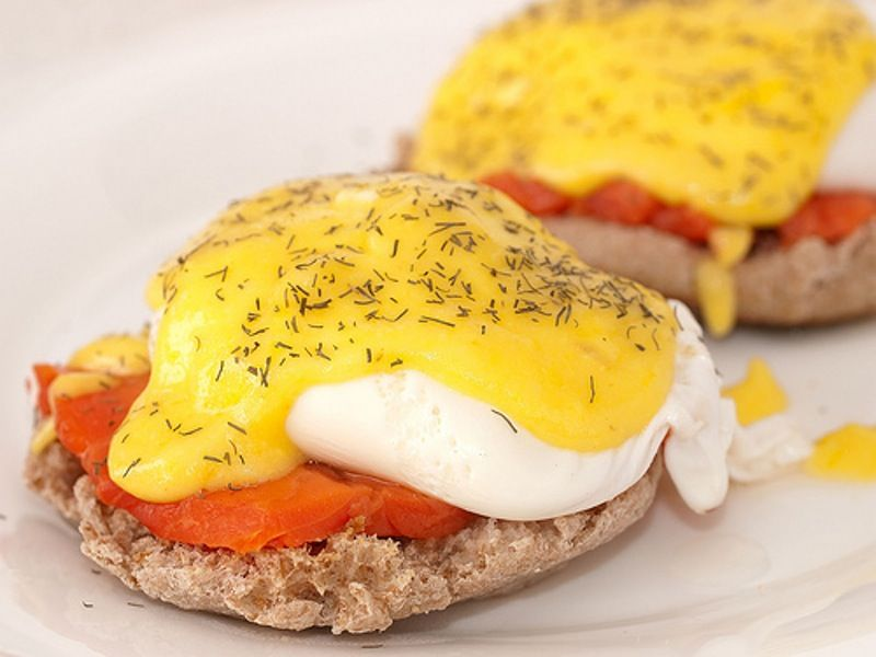 3. Eggs #Benedict - 7 Easy Meals for One #Person ... → #Lifestyle #Cocktail