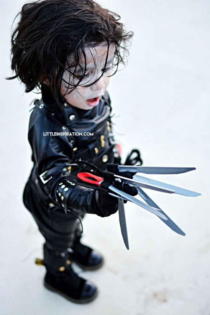 Edward Scissorhands Gloves Cute Diy Costumes Children Halloween Kids Wardrobe With Images Edward Scissorhands Costume Edward Scissorhands Gloves Edward Scissorhands