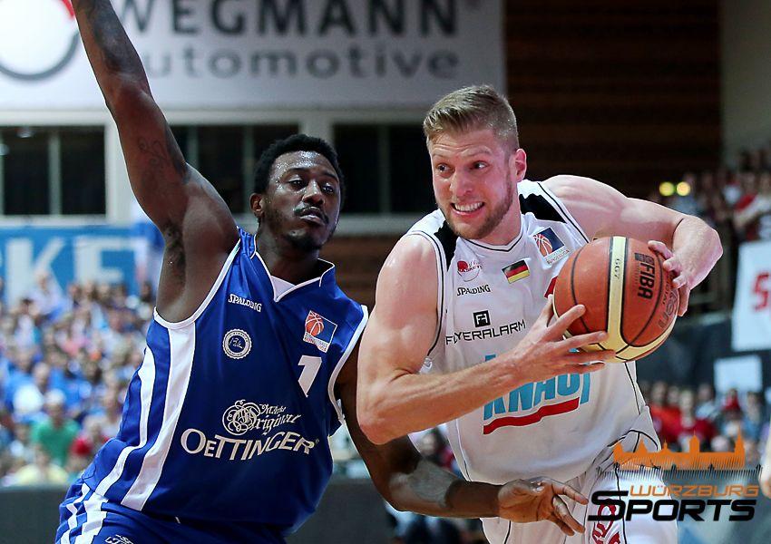 s.Oliver Baskets holen sich den Aufstiegs-Matchball!