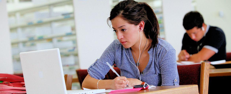 Horarios de las salas de estudio durante el periodo de exámenes http://www.um.es/actualidad/gabinete-prensa.php?accion=vernota&idnota=54651