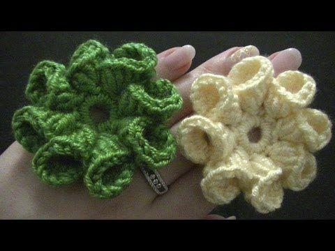 ▷ Blume häkeln - 8 Blätter - 3D Blume - TEIL 1 von 2 - YouTube ...