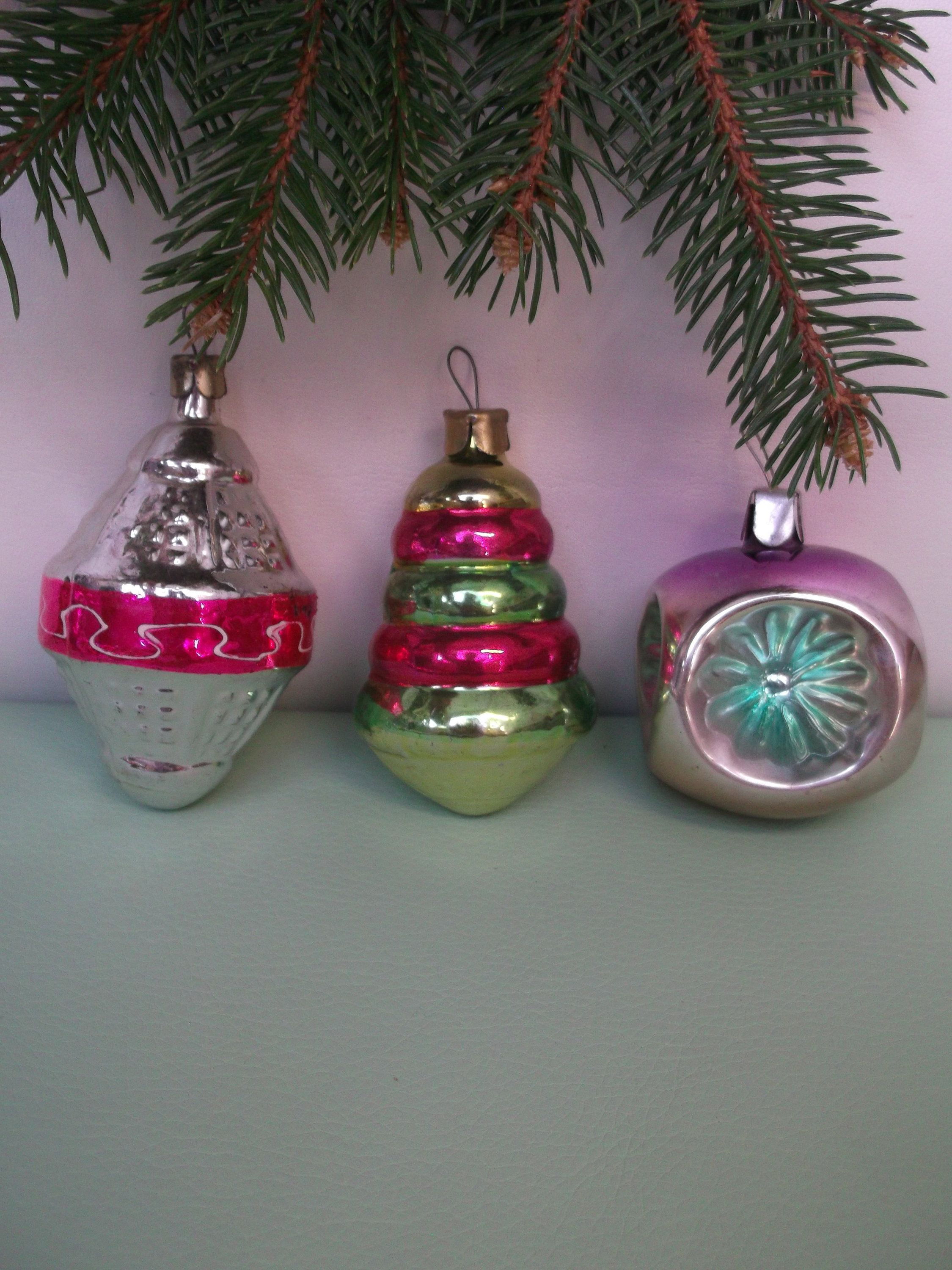 Vintage Ornaments Retro Christmas Tree Glass Decoreations Etsy In 2020 Retro Christmas Tree Vintage Ornaments Antique Christmas Tree