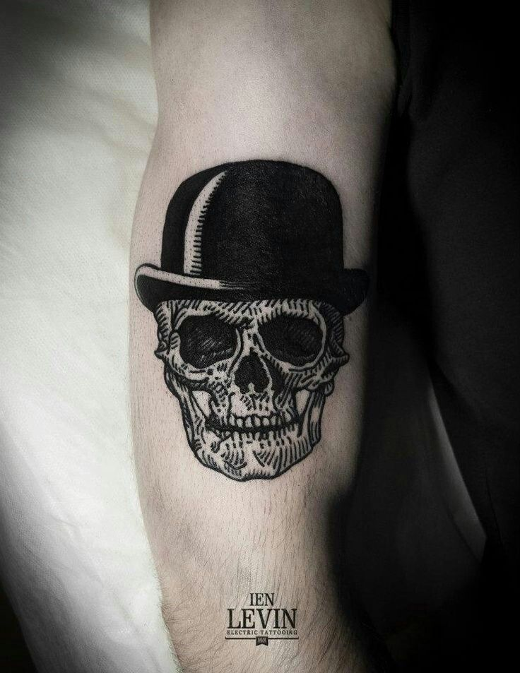 Calavera Con Galera Tatuaje De Calavera Pequeno Calaveras Tatuajes Patrones De Tatuajes
