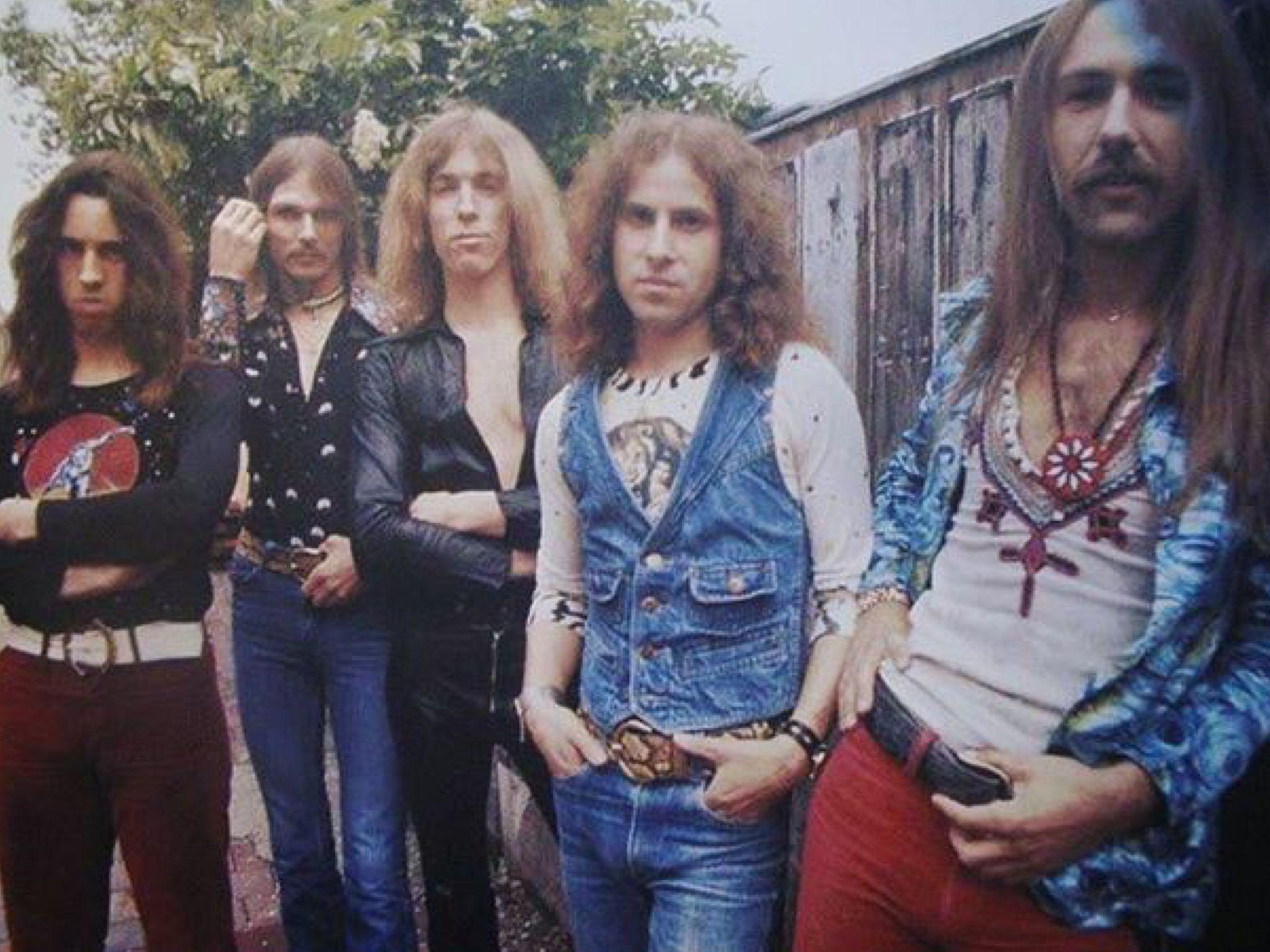 Все певицы россии список с фото молодые прекрасно