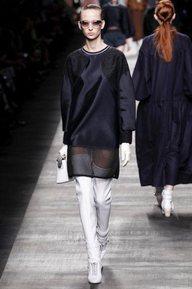 Sfilata Fendi Milano - Collezioni Autunno Inverno 2014-15 - Vogue ... d55ae647ca5
