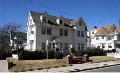 Jersey Shore Vacation Rentals: Atlantic City Royal 6brs Inn House
