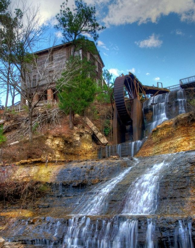 Everyone In Mississippi Must Visit This Epic Waterfall As Soon As