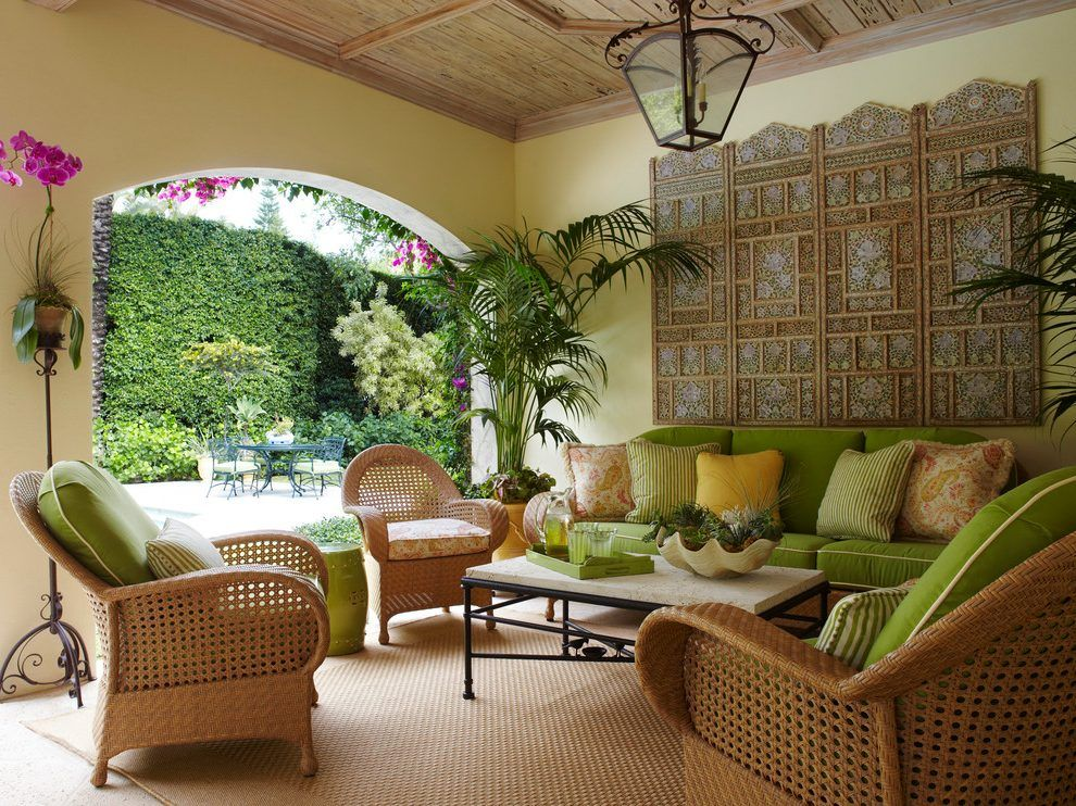 Tropical Patio Decorating Ideas With