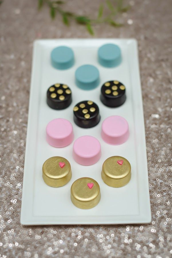 Gold, Pink, Blue and Black Chocolate Covered Oreos at Sweet 16 Party