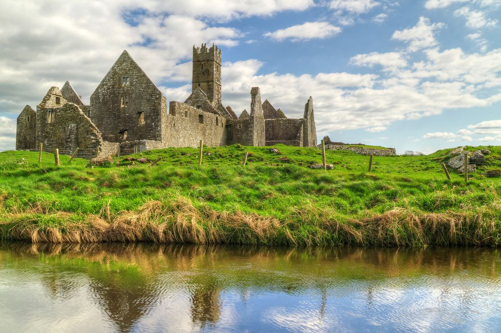 Travelworthy Fall Events Fresh Oysters Galway Ireland And - Ireland vacation packages 2015