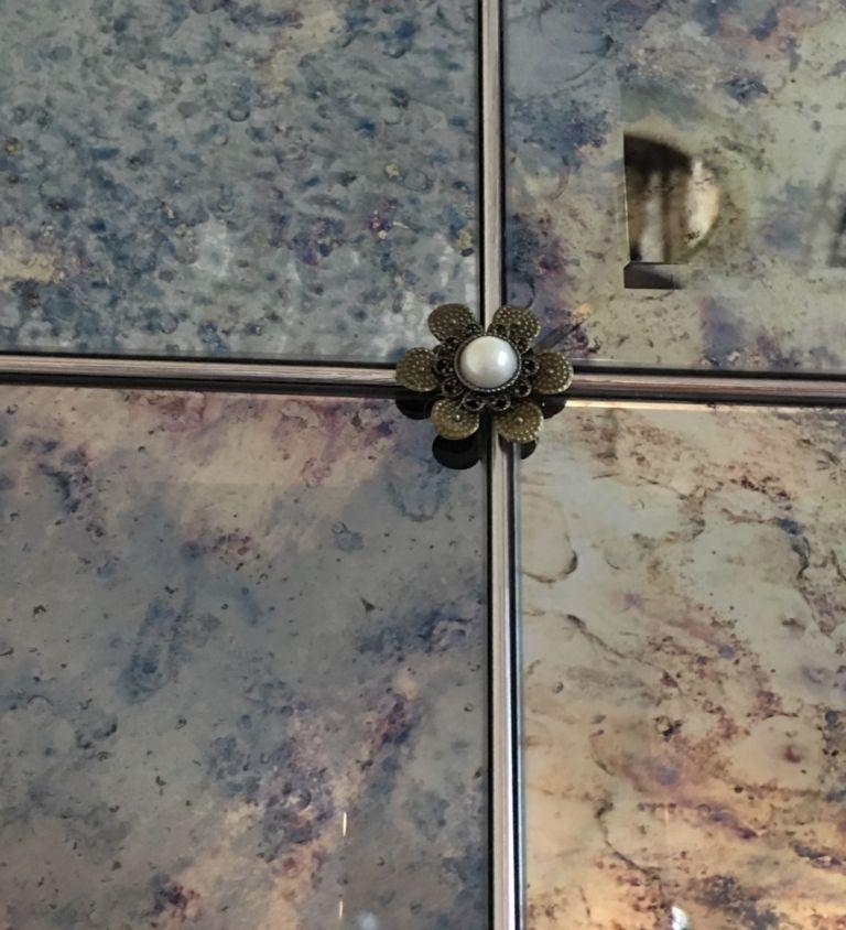 Custom mirror rosettes | Antique mirror tiles, Mirror ...