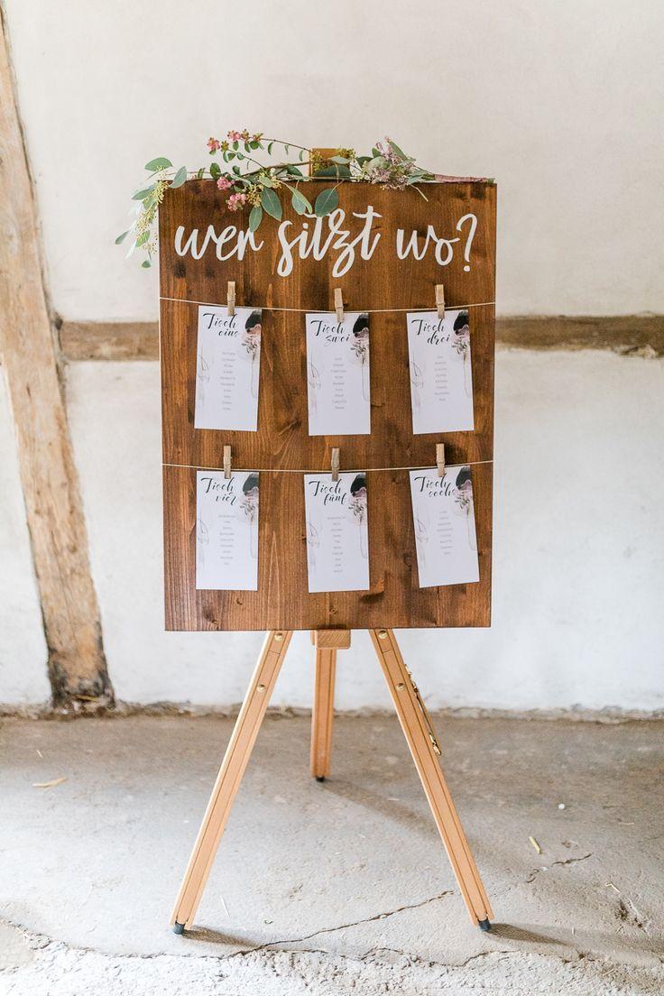 Sitzplan Hochzeit rustikal, Sitzplan Scheunenhochzeit #sitzplan #hochzeit #tisc #weddingplanning