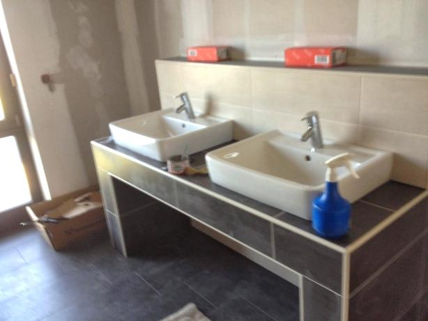 Waschtisch Gemauert Modern Bad Waschtisch Gemauert In 2020 Bad Waschtisch Waschtisch Moderne Bader