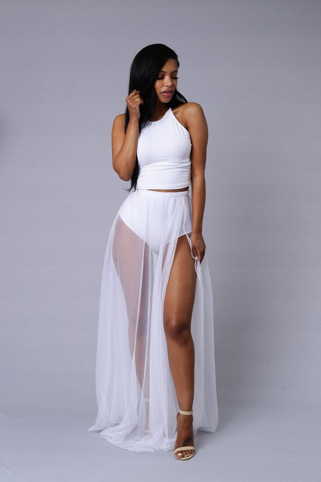 0c1ca9c9e61a Available in Black and White - Elastic Waistband - Maxi Skirt - Tulle  Overlay - High Waist Panty Liner - Made in USA - 100% Polyester
