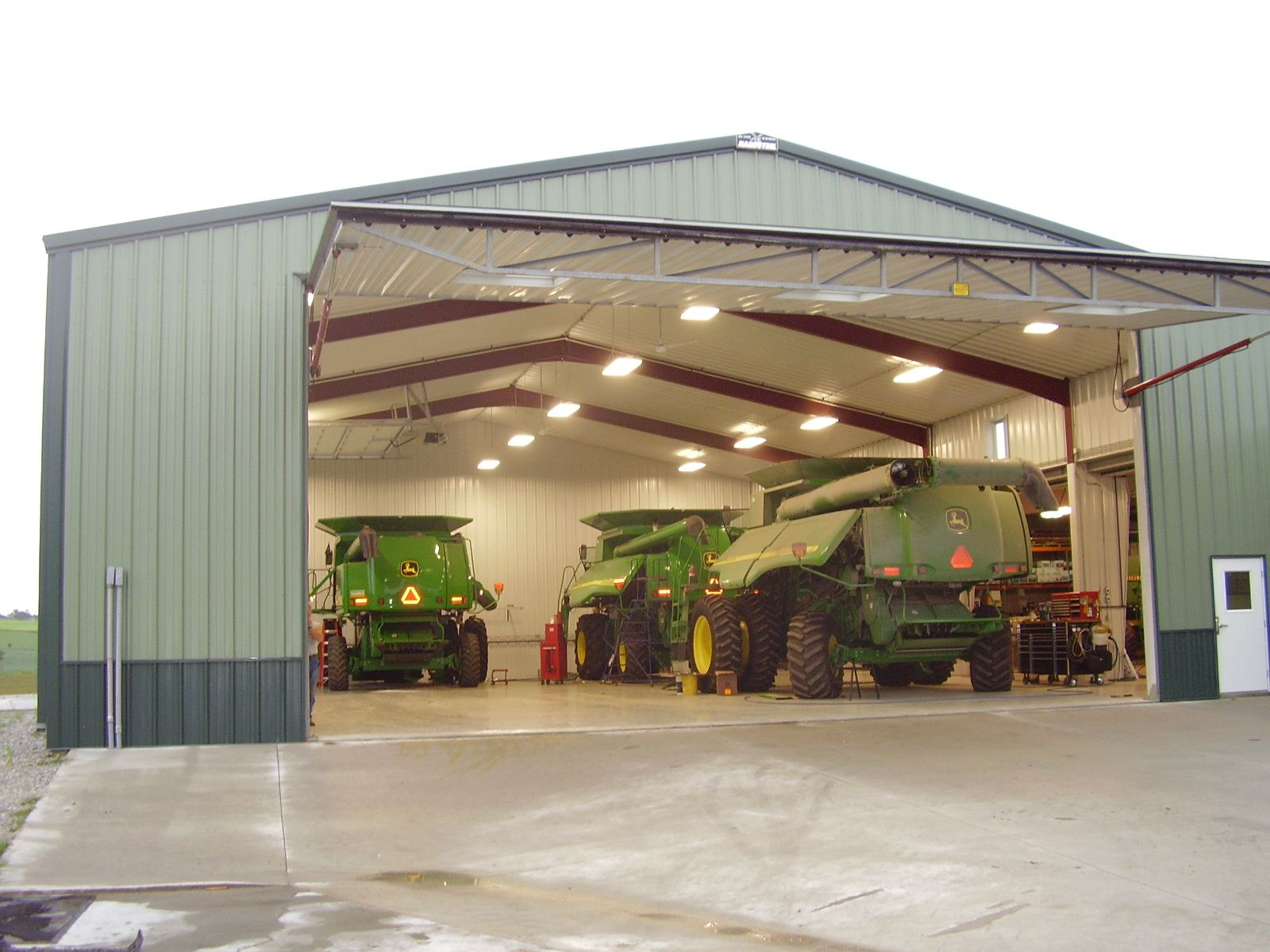 36.2 A Schweiss Hydraulic Farm Or Ranch Door When Open Provides A Nice Canopy  Or Awning