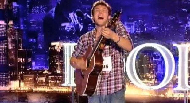 I usually don't get into American Idol but I love Phillip Phillips!