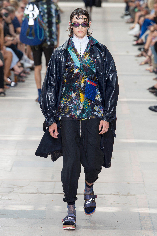 Louis Vuitton Spring 2018 Menswear Fashion Show Collection