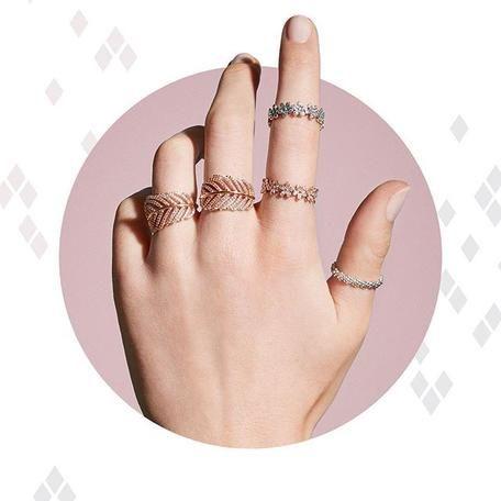 8c1f17d67 Light As A Feather Ring, PANDORA Rose™ & Clear CZ | PANDORA Jewel ...
