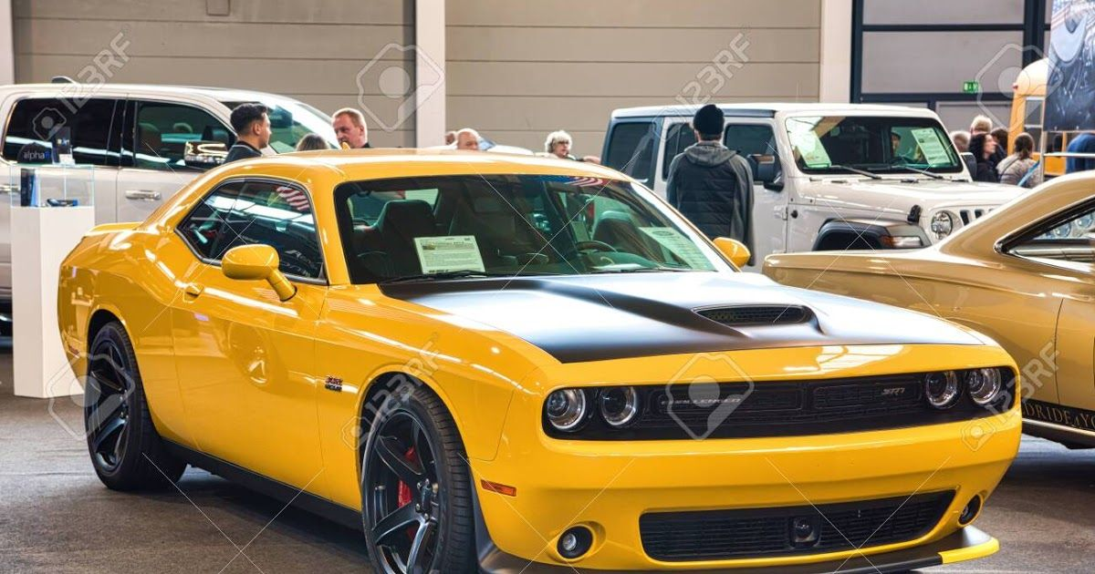 Friedrichshafen May 2019 Yellow Black Dodge Challenger Srt 8 Yellow Jacket 2017 Dodge Challenger In 2020 Dodge Challenger Black Dodge Challenger Sxt Plus Challenger