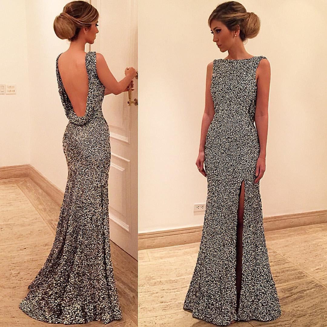 Habillé: Palavra francesa usada  para se referir a uma moda ou  traje a rigor,  geralmente  usada  sob  a forma de vestidos de luxo, usados à noite em recepções ou grandes festas.