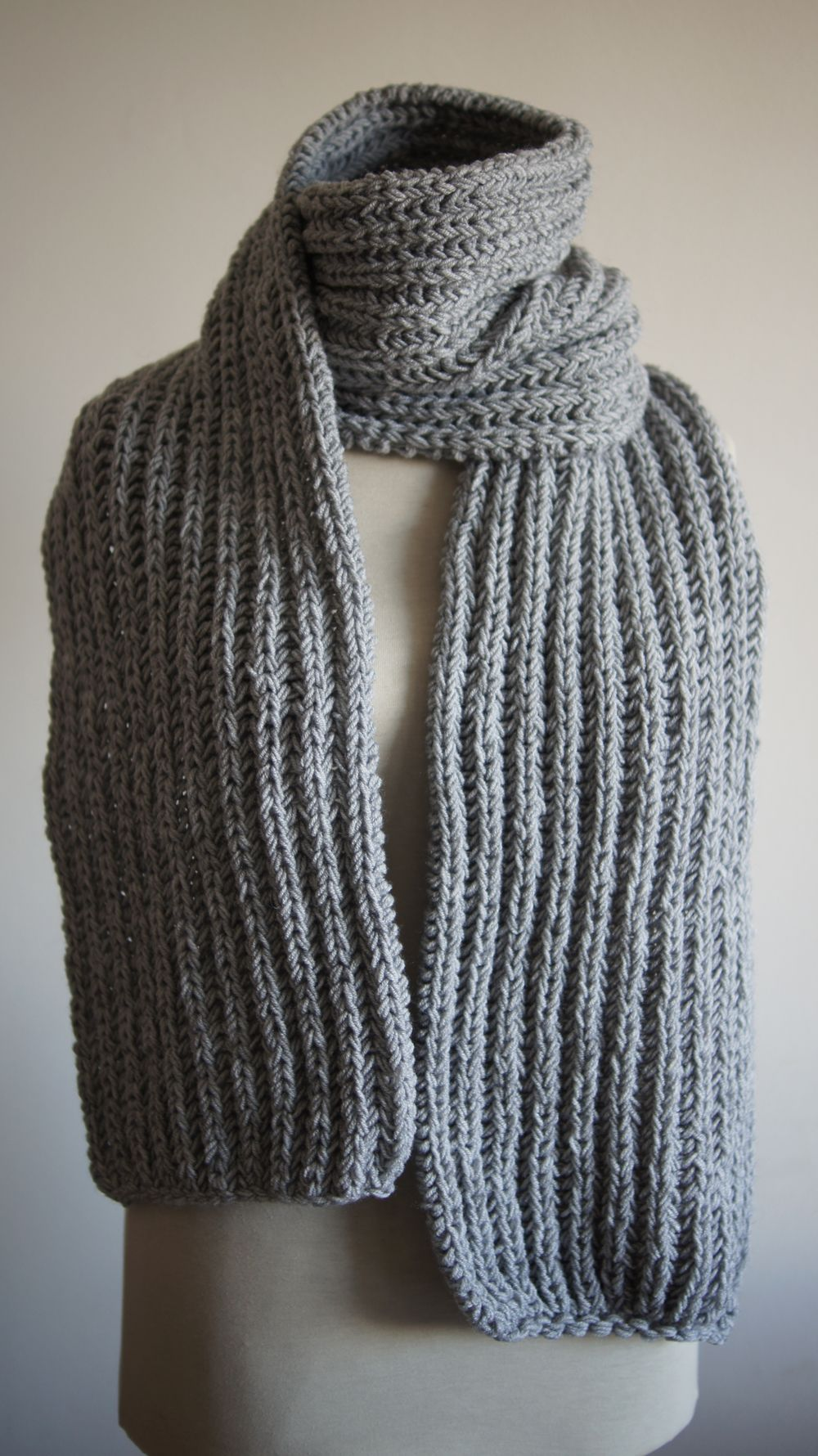 Men's Chunky Knit Scarf for autumn/winter, seen here in ...