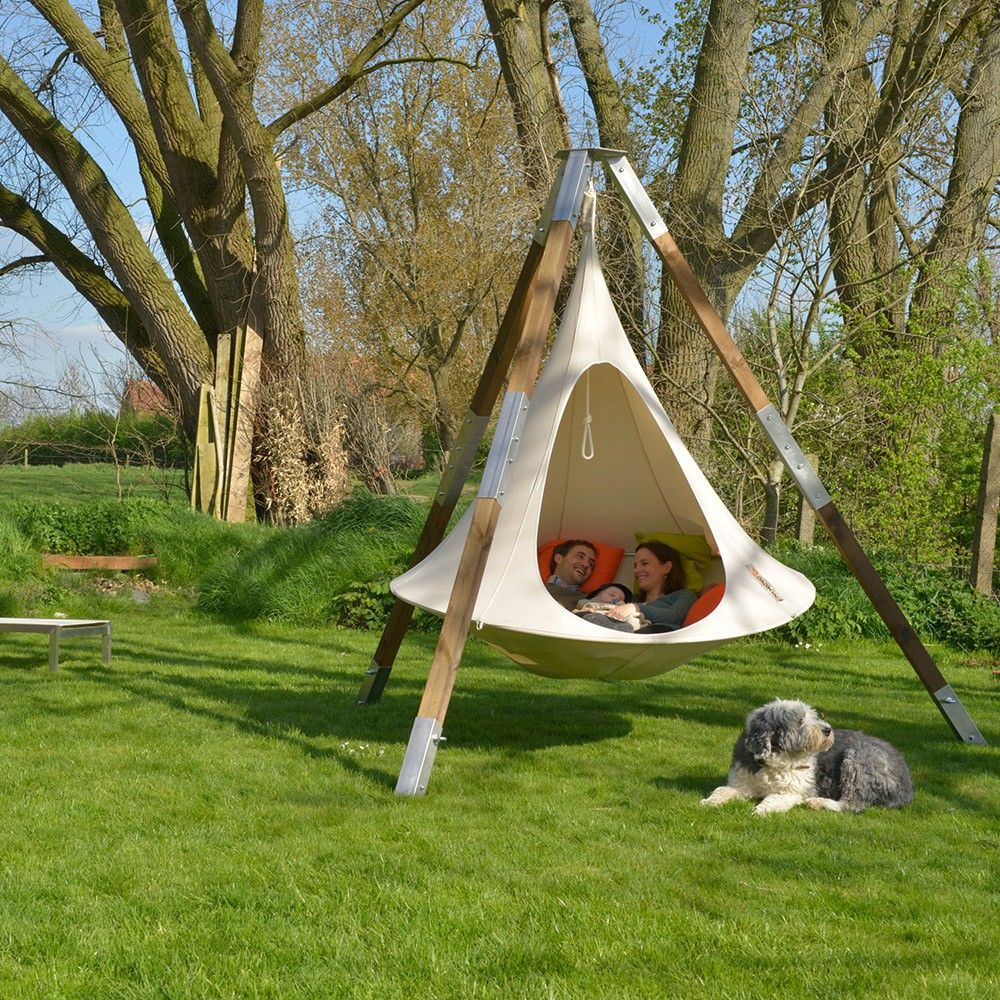 Garden tent - a comfortable and comfortable lounge 100