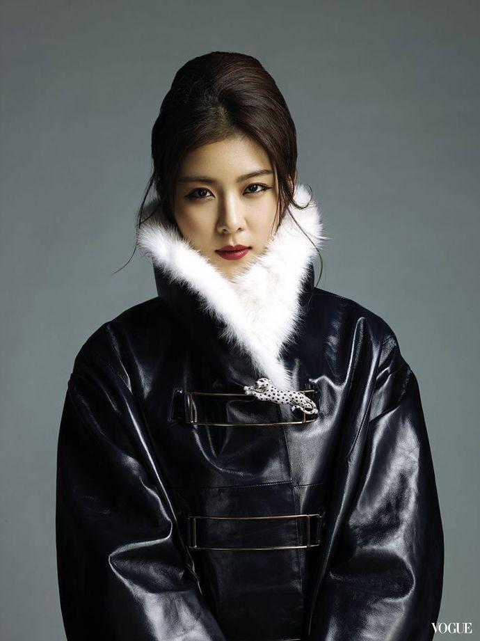 Ha Ji Won's charming pictorial in Vogue Taiwan | 奇皇后、韓国女優、美しい人