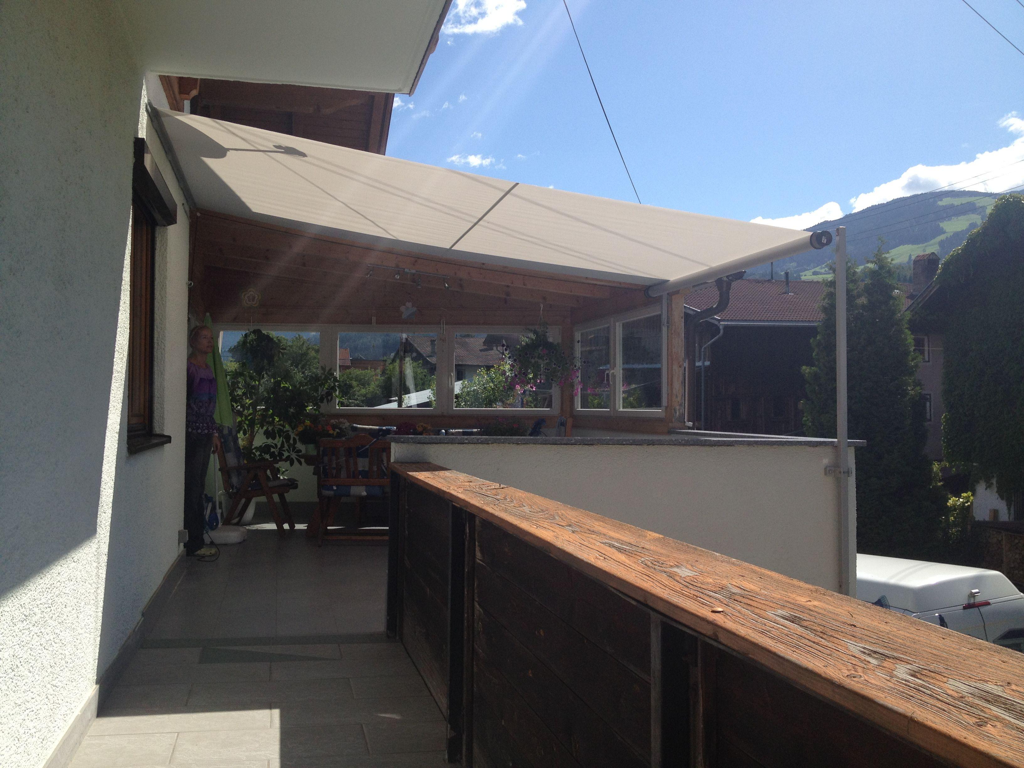 sonnensegel balkon great ein sonnensegel ist ein optischer akzent vmorfield with sonnensegel. Black Bedroom Furniture Sets. Home Design Ideas