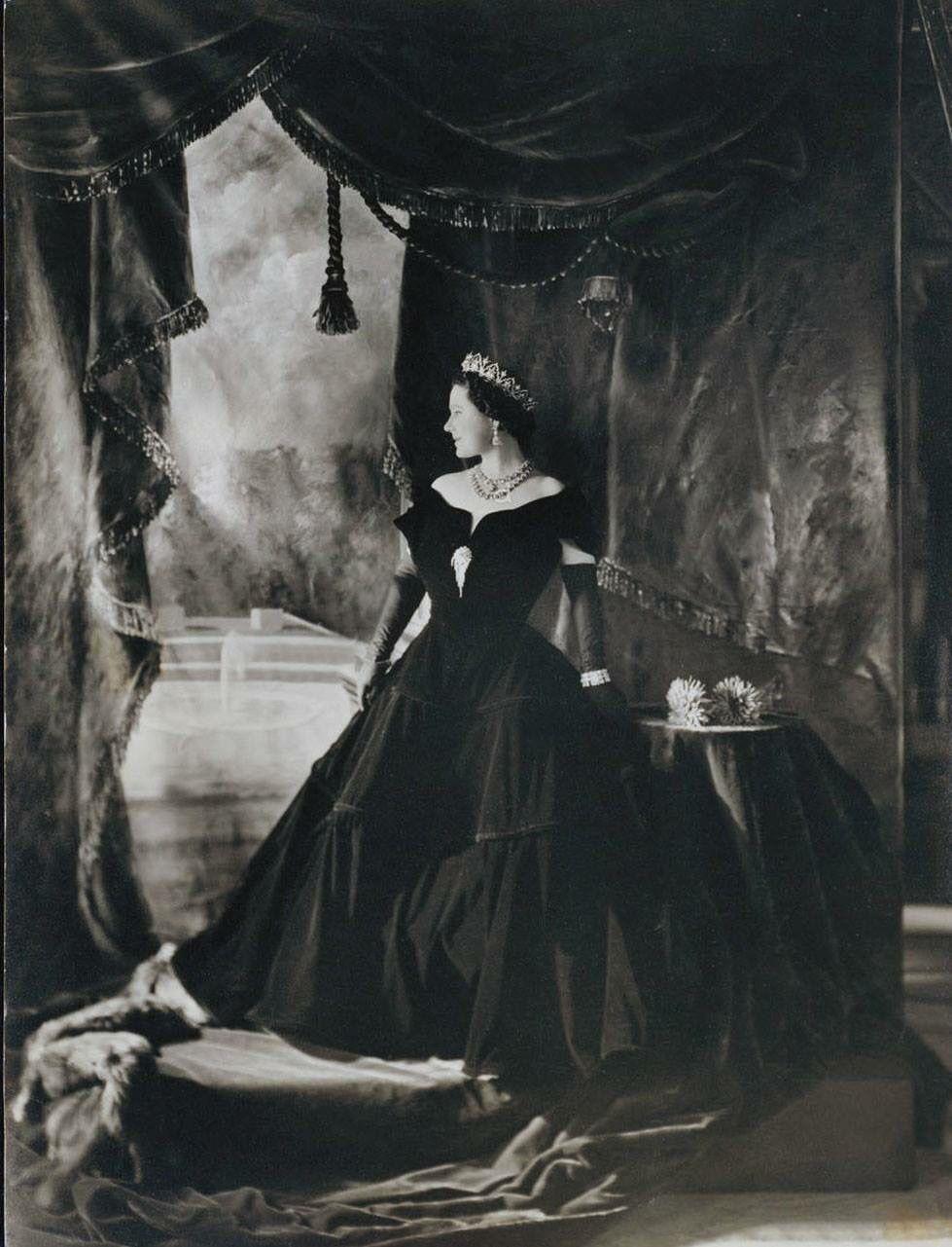 The Queen Mother (With images) Queen mother, Queen of