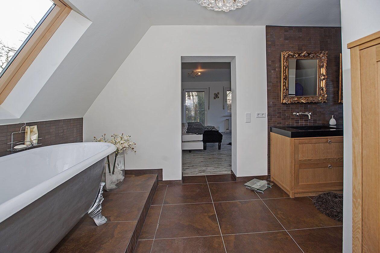 Tegels Badkamer Enschede : Romantische badkamer net buiten enschede met gietijzeren