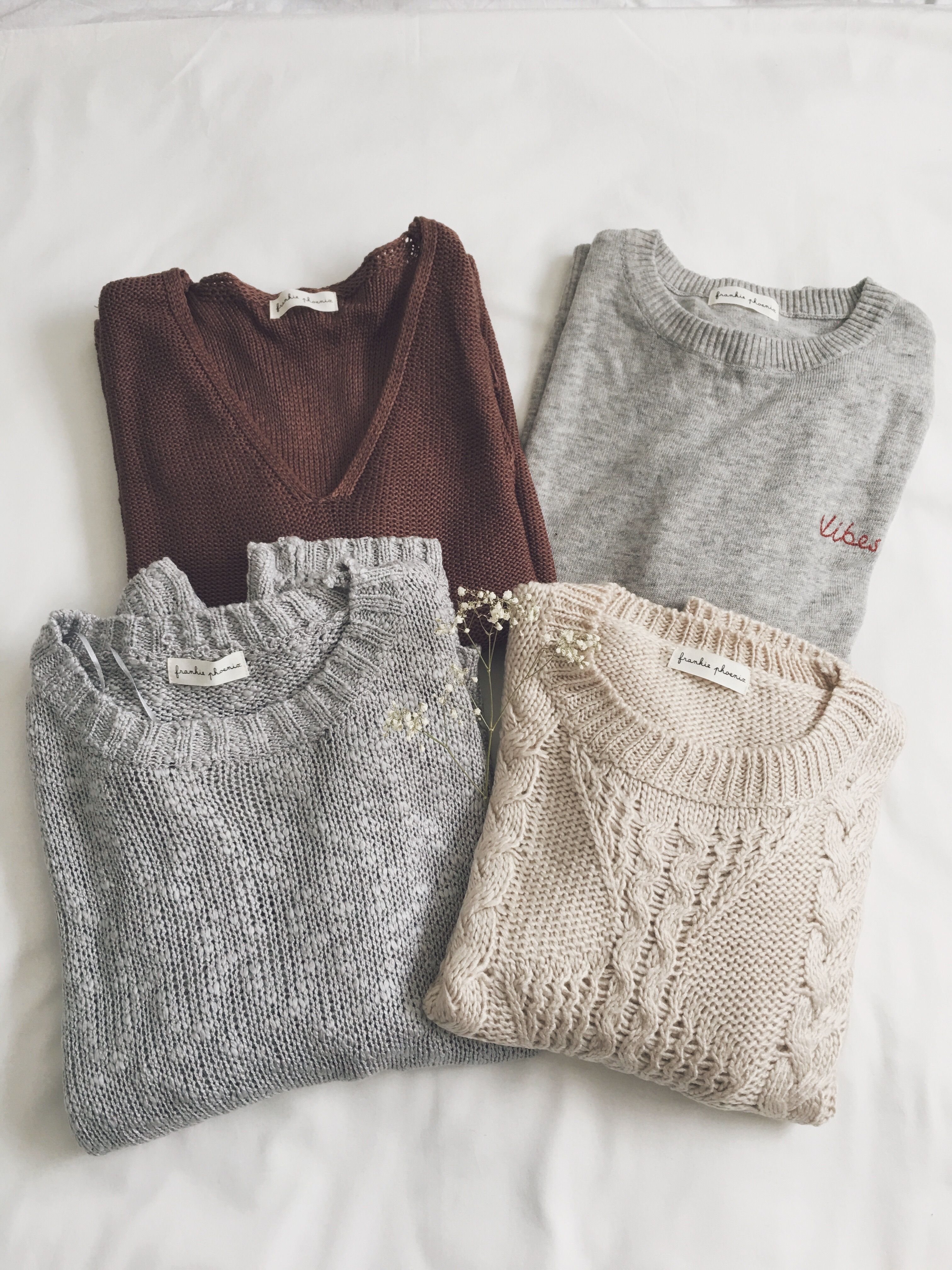 As a firm believer that one can never have enough sweaters 107869366