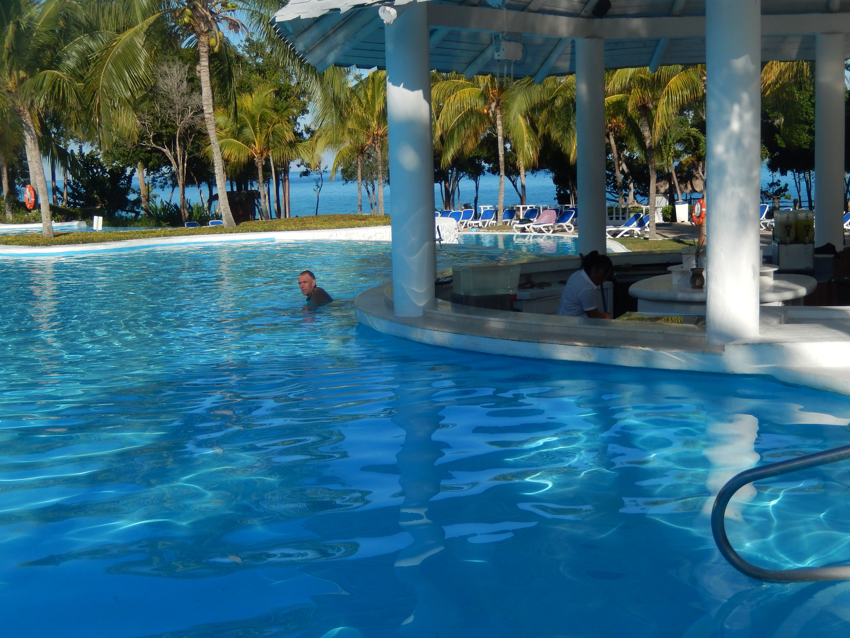 Paradisus Rio De Oro Resort Spa Holguín Paradisusriodeoro Dominiquefavreau Conseillère En Voyages Travelonly Pinterest Divine Outdoor Outdoor Decor Pool
