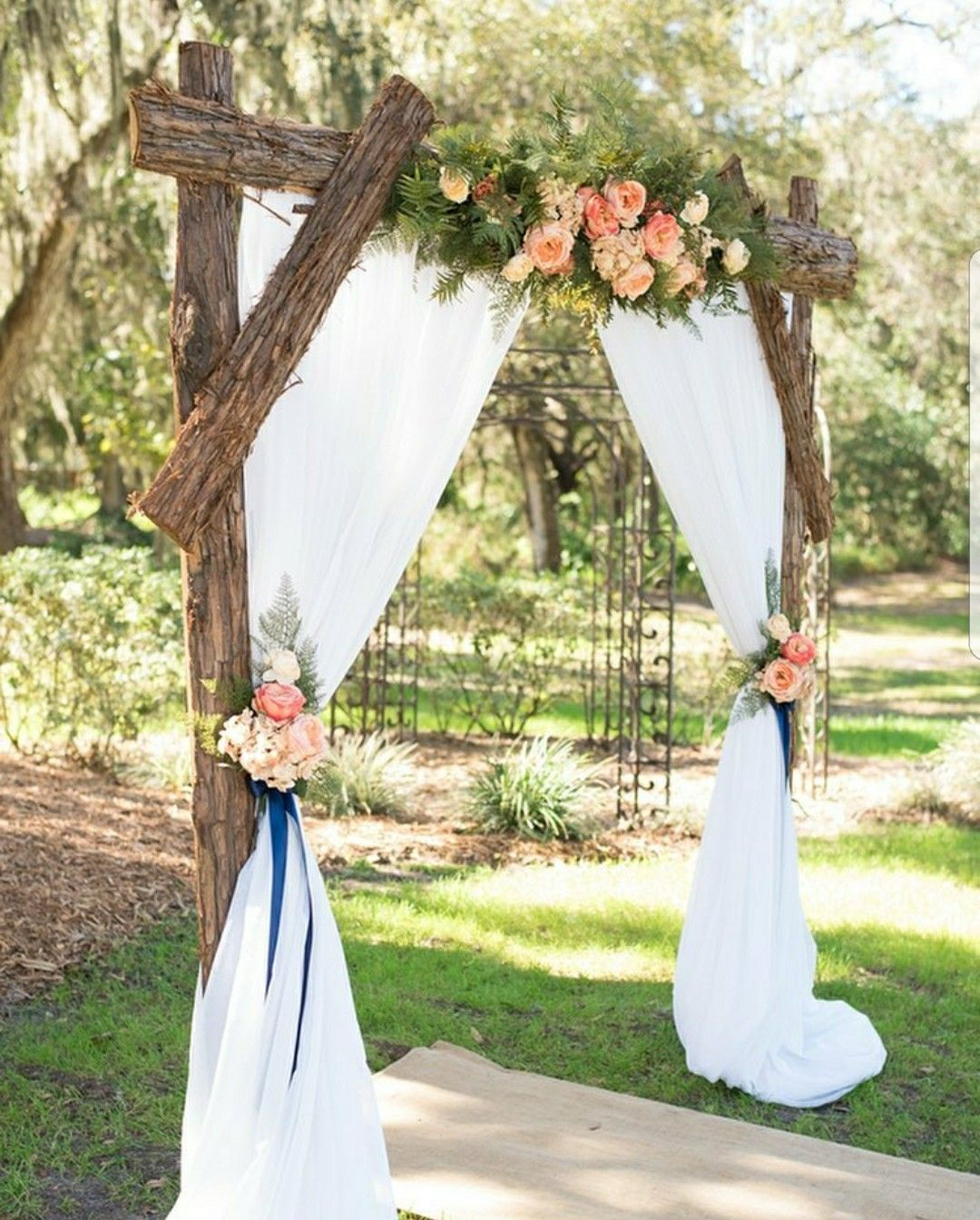 25 Chic And Easy Rustic Wedding Arch Ideas For Diy Brides: Penny's Wedding In 2019