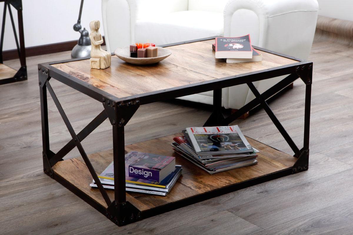 Mesa baja industrial de madera y metal atelier miliboo for Muebles industriales metal baratos