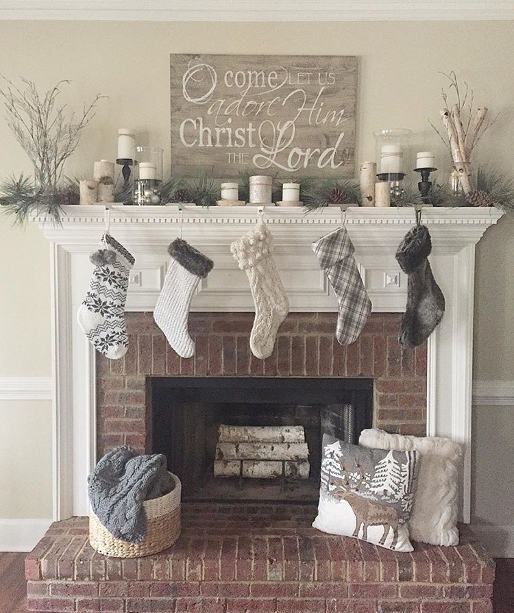 Basket With Blankets In Front Of Fireplace Must Christmas Fireplace Decor Rustic Christmas Mantel Christmas Mantle Decor